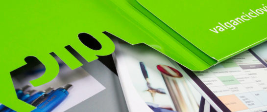 tisk desek s výsekem plzeň
